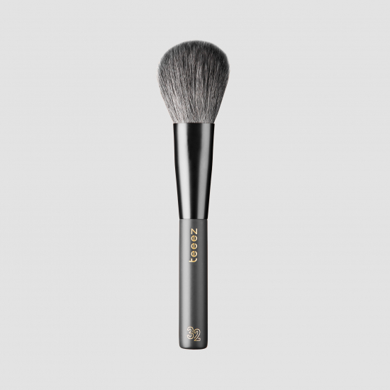 LARGE POWDER BRUSH 32